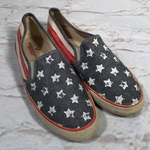 American Eagle 🦅 shoes. Flag! Size 10